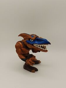 1996 BULLZEYE Aerial Scout Street Sharks Extreme Dinosaurs Mattel FREE SHIPPING