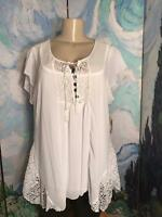 One World Xl White Sheer Button Tie Neck Lace Trim Short Sleeve Top W/tank.