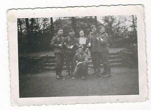 6-423-FOTO-DEUTSCHE-SOLDATEN-WEIN-1939-rueckseitig-beschrieben
