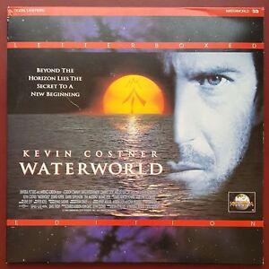 Waterworld - NTSC 2-Laserdisc's - Kevin Costner - Letterboxed Edition