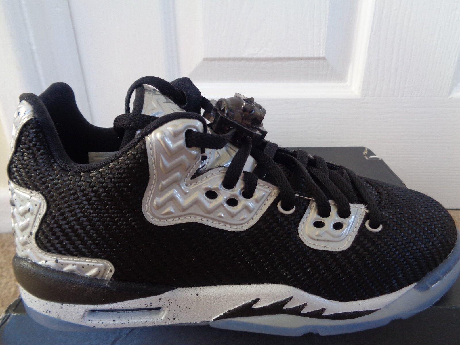Nike Air Jordan Spike Forty BG trainers