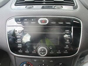 fiat punto evo 2010 2017 radio cd player ebay. Black Bedroom Furniture Sets. Home Design Ideas