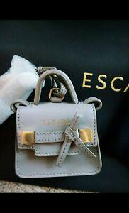 handtas Dust In van Coin Gloednieuw Mini Sleutelhanger of Escada Grijze Bag Harrods hQtsrd