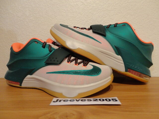 DS Nike KD VII 7 EASY MONEY Sz 10  100% Authentic  Retro Kobe  Gum