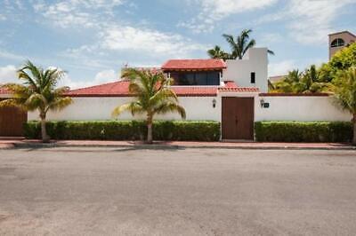 Casa Villa en Renta AMUEBLADA de 4 Recámaras en Zona Hotelera, Cancún