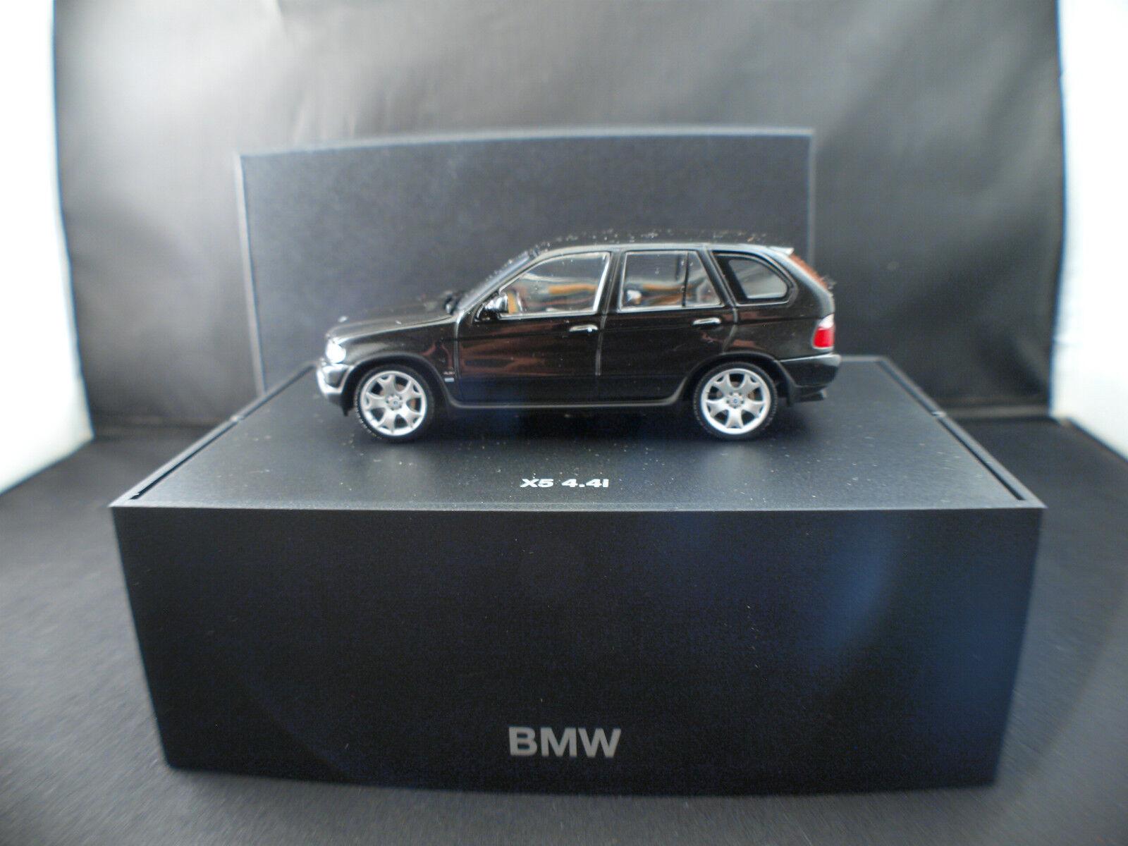 BMW X5 4.4i 1 43 neuf inbox en boîte MIB