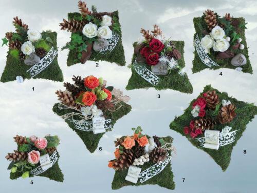 T15-18 Totensonntag Gesteck Allerheiligen Grabgesteck Gedenken Grabschmuck Herz