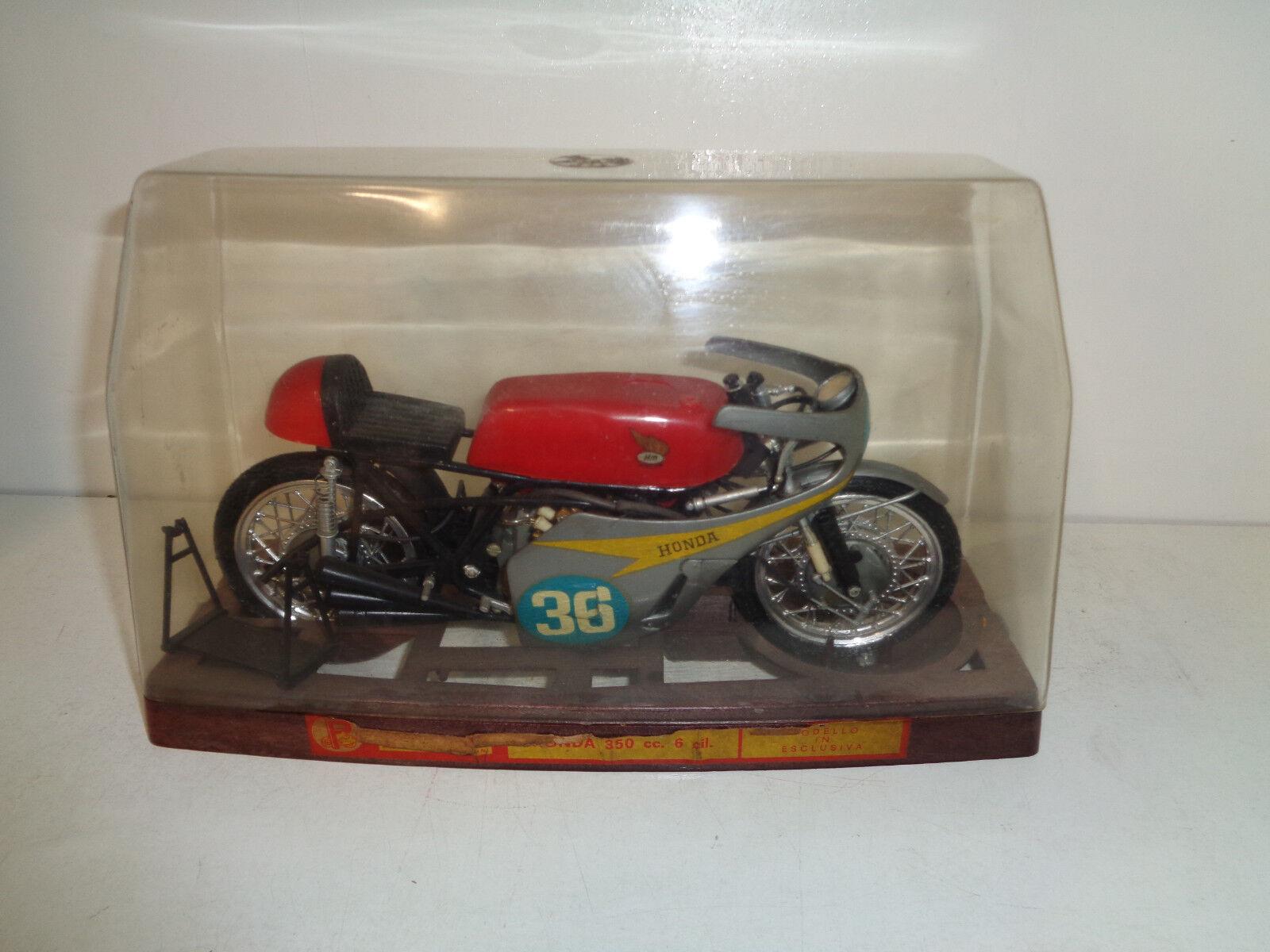 HONDA 250 CC 6 CICLINDRI - MOTO ProssoAR -MODELLO SCALA 1 9------------------B21