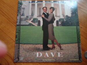 Dave-Laser-Disc-Movie-Starring-Kevin-Kline-Segourney-Weaver-C-1993-110-Minutes