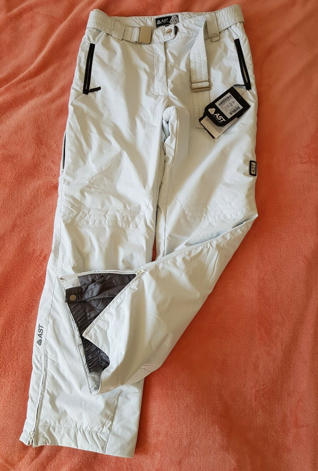 Women's AST Ski Trousers A381 Model White color Size  XL- BNWT  70% off