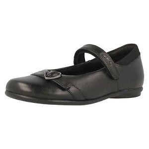 260e777b90dcb Niña Clarks Niña Tasha Bay Correa Negra de Cuero Zapatos de Colegio ...
