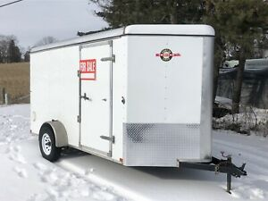 2016 6 x 12 V-Nose Enclosed Trailer with ramp.