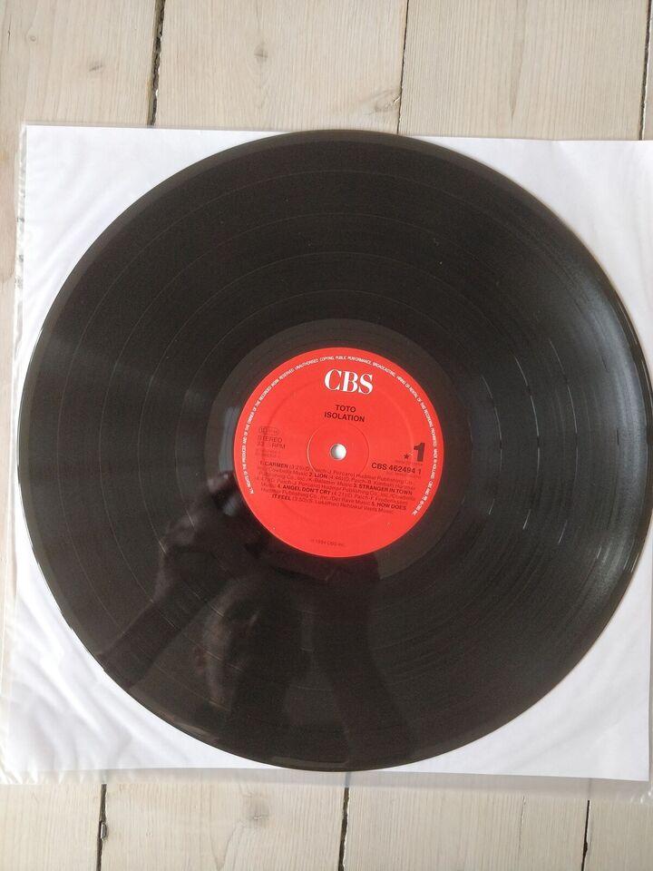 LP, Toto, Isolation