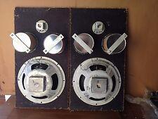 vintage one pair of fisher speakers (very nice)