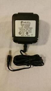 Niles-AC-Adapter-Part-No-XF00008A-Model-A41510C-120V-60Hz-21W-16vac-800mA-NEW