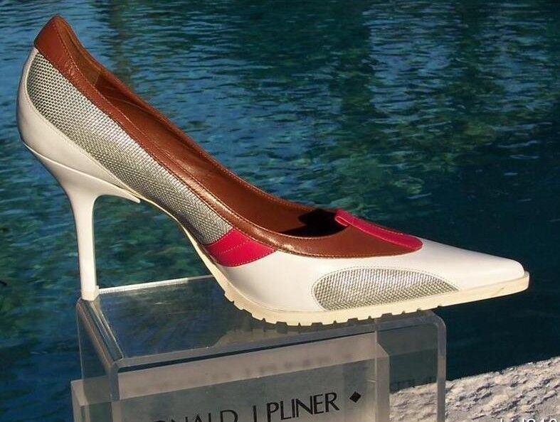 Donald Pliner Couture Laser Leather schuhe New 10.5 Non Skid Tractor Sole  295 NIB