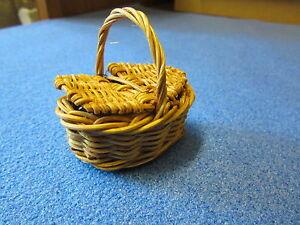 1/12 scale Dolls House Miniature  Oval Hamper Wicker Basket
