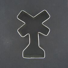RAILROAD CROSSING SIGN METAL COOKIE CUTTER TRAIN PARTY FAVOR RAILS NEW FONDANT