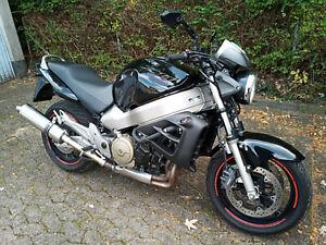 Honda X11 SC42 X 11 X-11 X-Eleven Motorrad 100 KW 136 PS