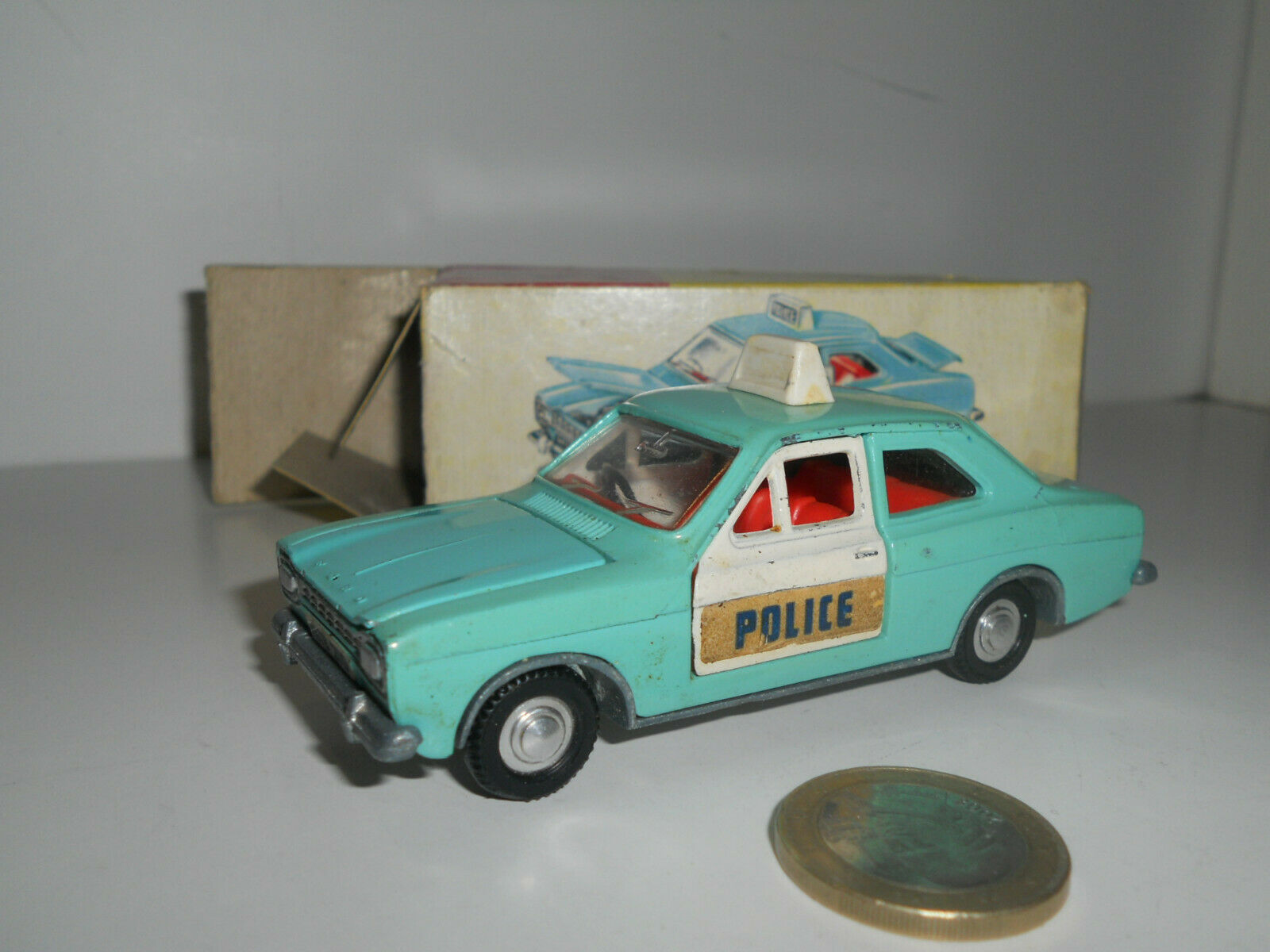 DINKY TOYS FORD PANDA POLICE Coche N° 270 853016