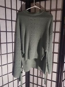 OVERSIZE-Womens-Sweater-Camo-color-Ribbons-Sleeves