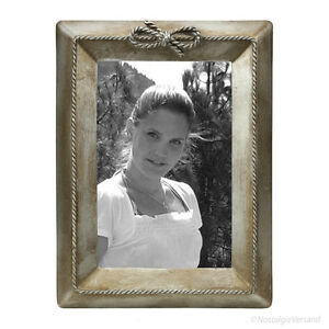 Biedermeier Fotorahmen Bilderrahmen verziert Antik aus Metall