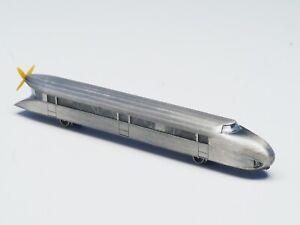 8876-Marklin-Z-scale-Powered-Mini-Club-Rail-Zeppelin-railcar-w-working-Prop