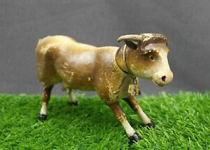 ANTIQUE-SCHOENHUT-COW-with-PAINTED-EYES