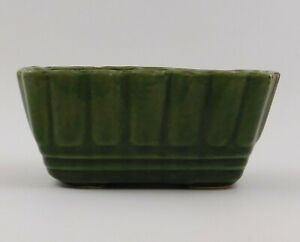 Brush-McCoy-Pottery-Green-Planter-27-6-Ribbed-Rectangular-Vintage-USA-Stamped