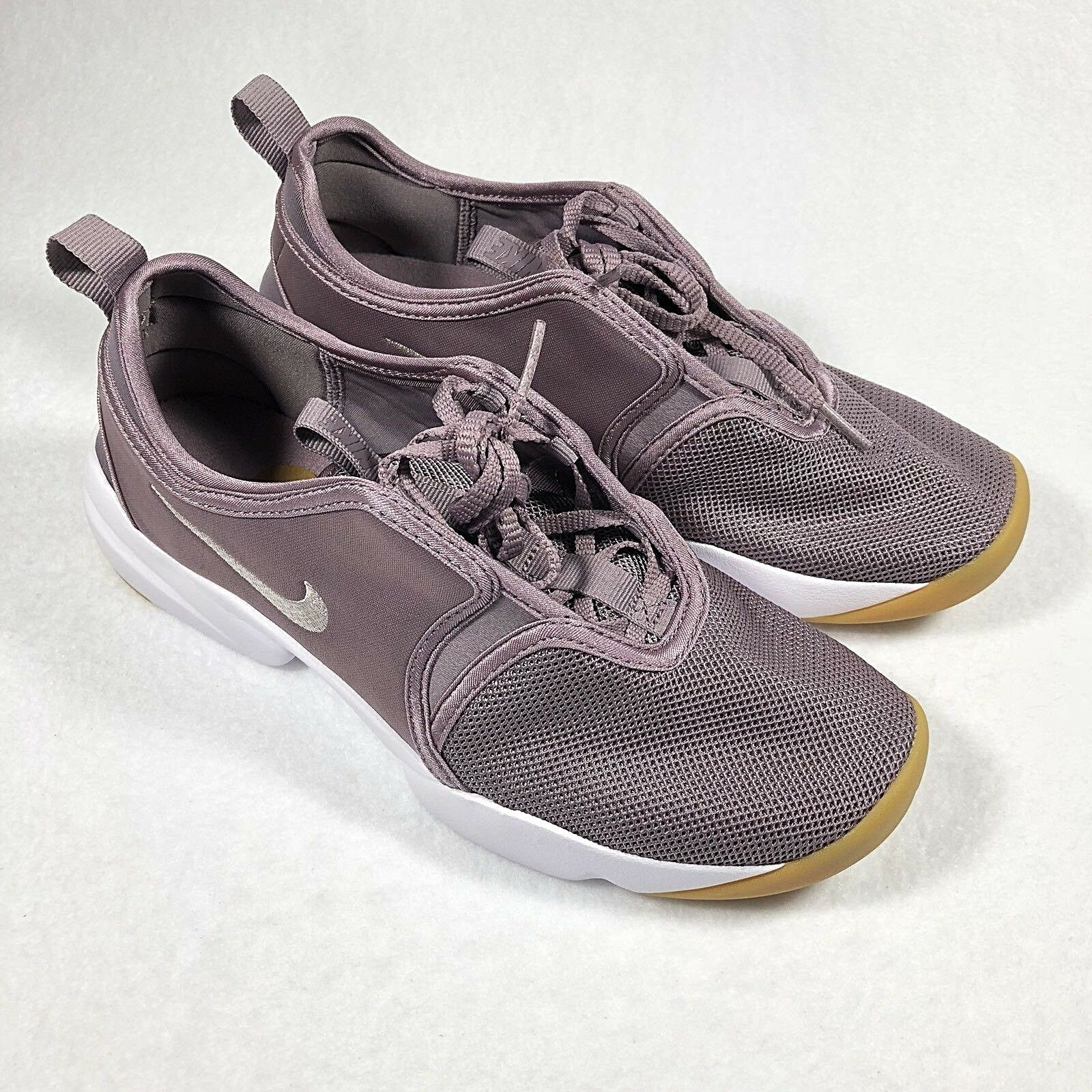 NEW Nike Loden Women's Running Shoes Taupe Gray Sz 8  (896298-200)