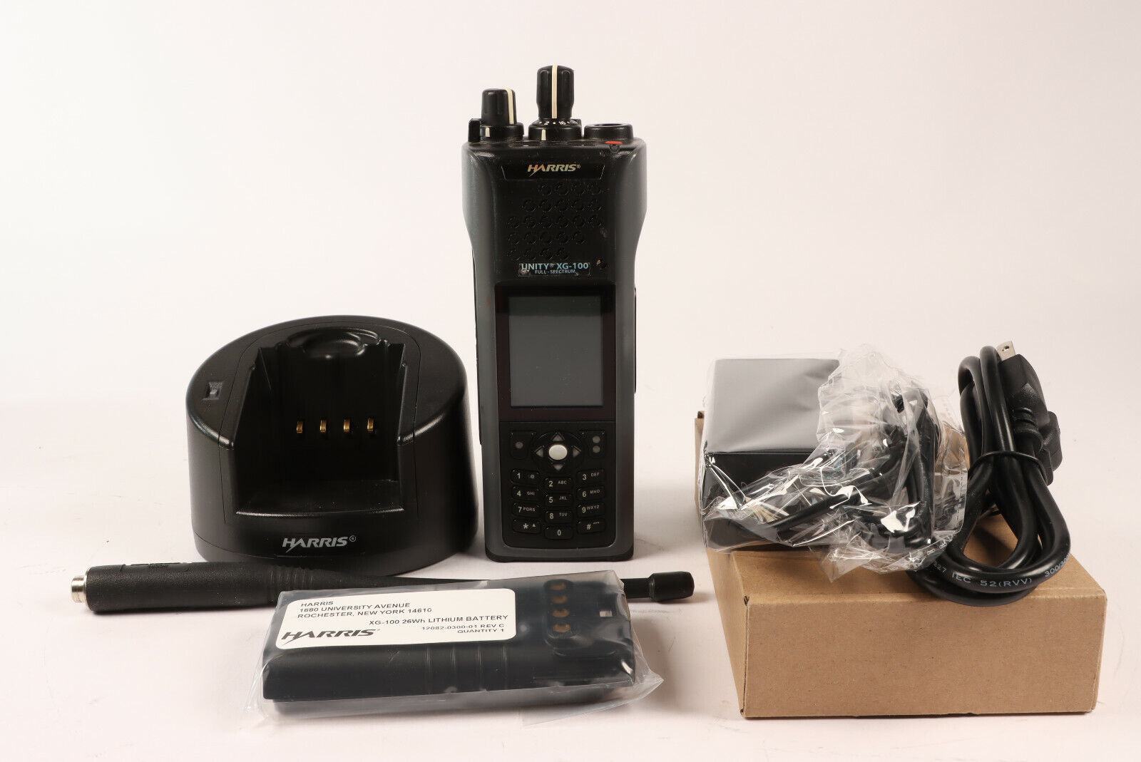 Harris XG-100 Unity Radio P25 Phase II AES/DES 136-865 MHz XG-100P *New Battery. Buy it now for 1350.00