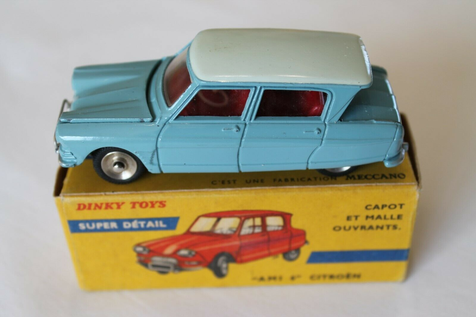 French Dinky Toys 557 citroen ami  6' Type 1