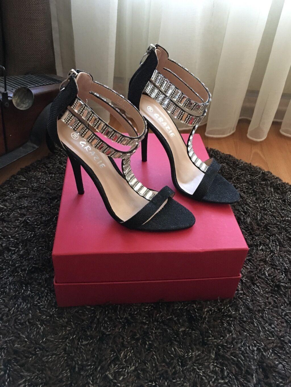 Grazie sandals 38 neu Glitzer mit Steinen wow