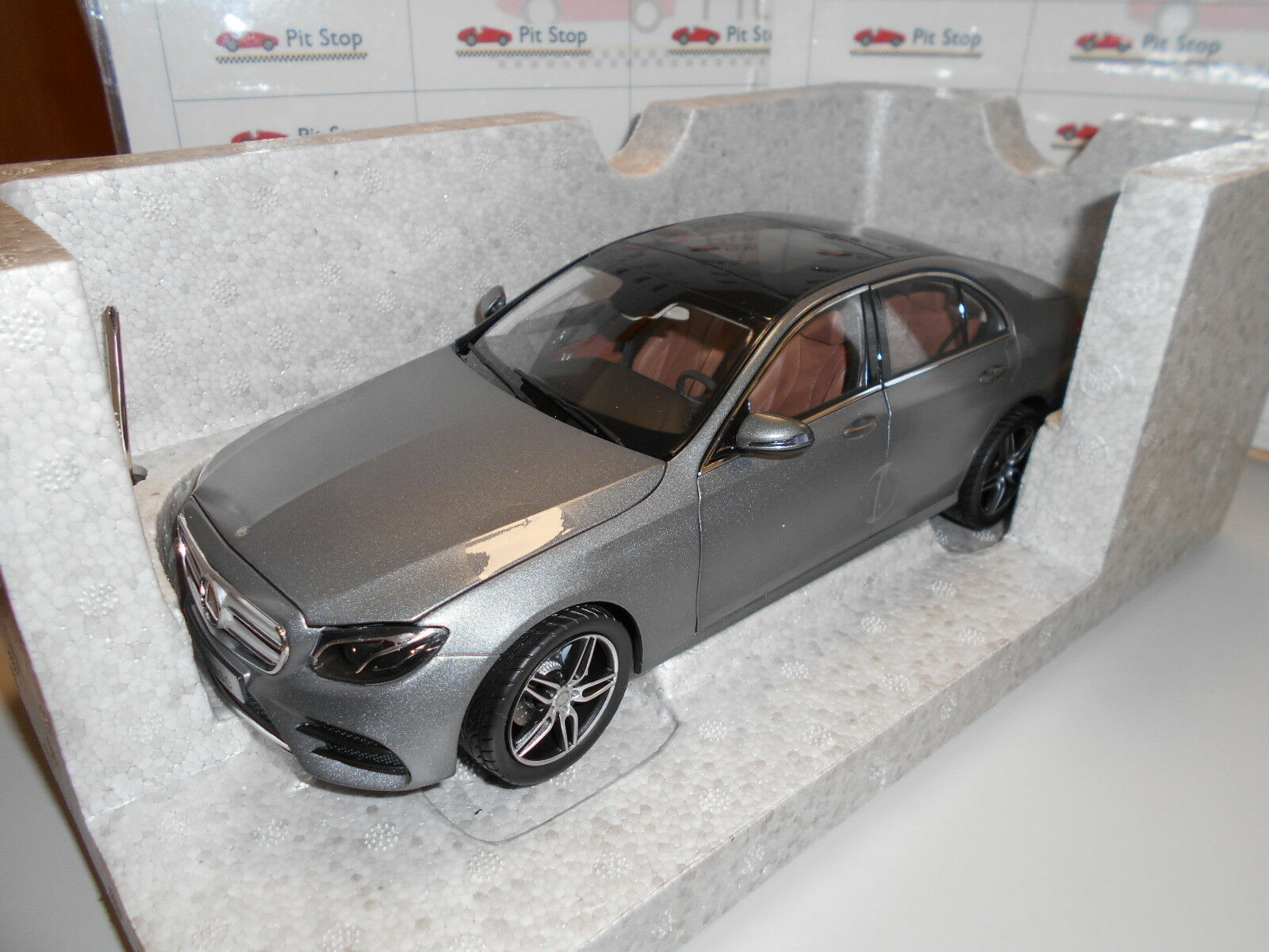Iscb 66960379 by 0 Mercedes Benz and Class w213 limousine amg line Grey 1 18