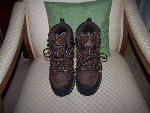 Ascend Traverse Waterproof Hiking Boots