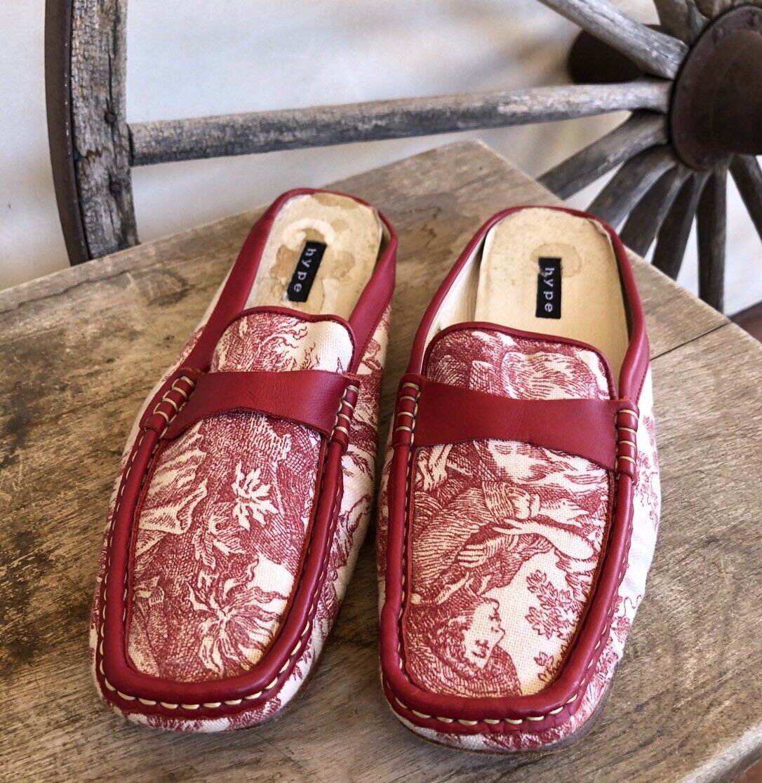 HYPE Cute Red & Cream Canvas Leather Toile Flats Worn Once Rare Womans 12M Spain