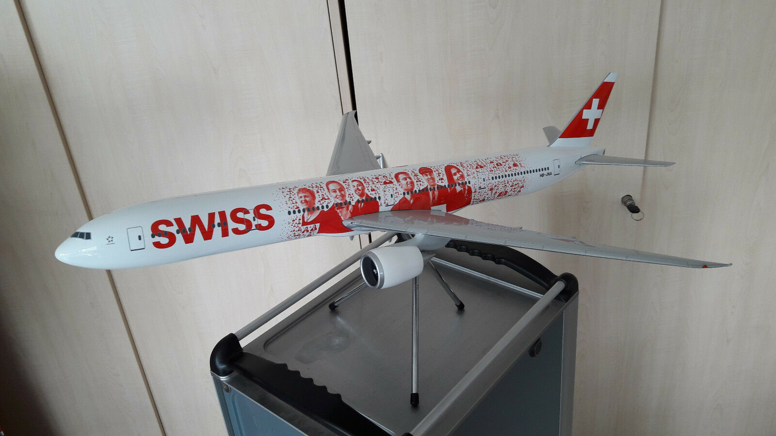 Swiss International Air Lines   Boeing 777-300    Faces    Scala 1 100   Nuovo