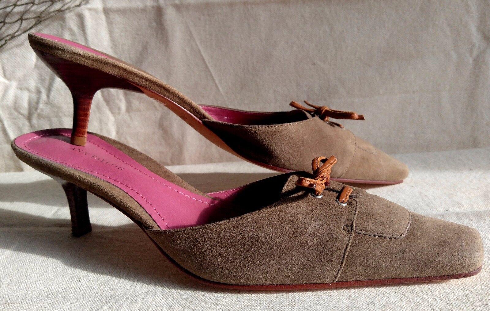 New ANN TAYLOR Pumps schuhe Tan braun Suede Leather Heels 8.5 Sz 8.5 Heels Slides eeaebd