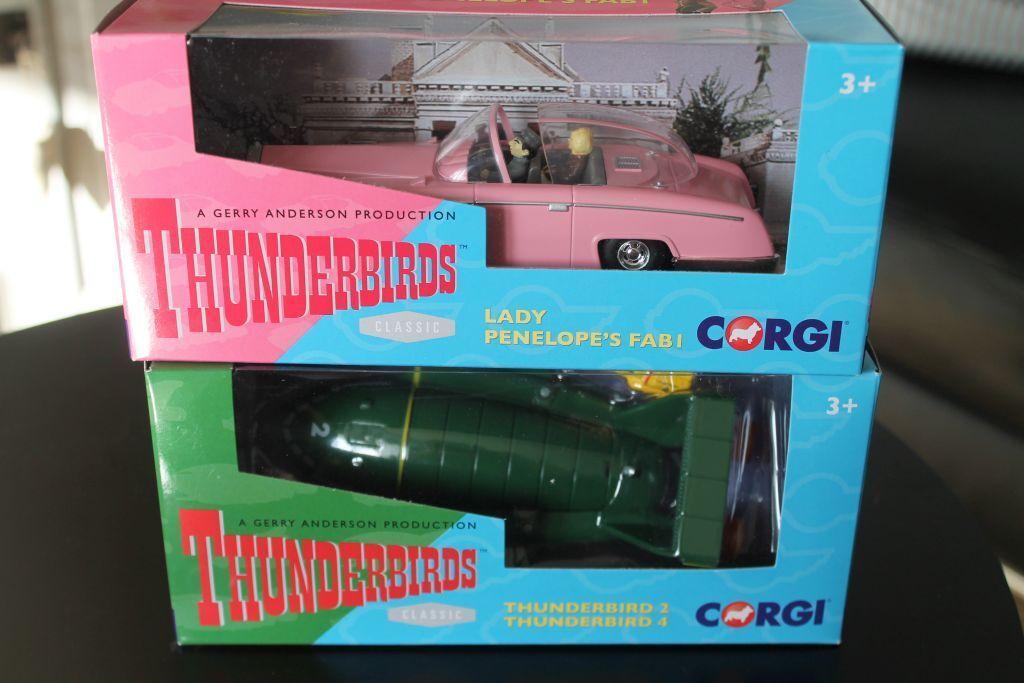 CORGI CORGI CORGI TOYS * Thunderbirds * Lady Penelope fab1 & Thunderbird 2/4 * Set ef98e9