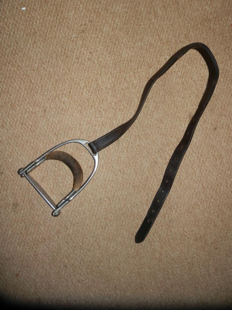 Antiguo Estribo de seguridad de níquel sólido Side Saddle Hierro Y Cuero.