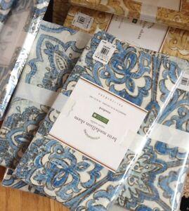 Pottery Barn Britt Duvet Cover Set Blue Queen 2 Standard