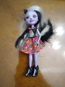 "Enchantimals SAGE SKUNK 6"" Doll Figure Original Outfit without Caper"