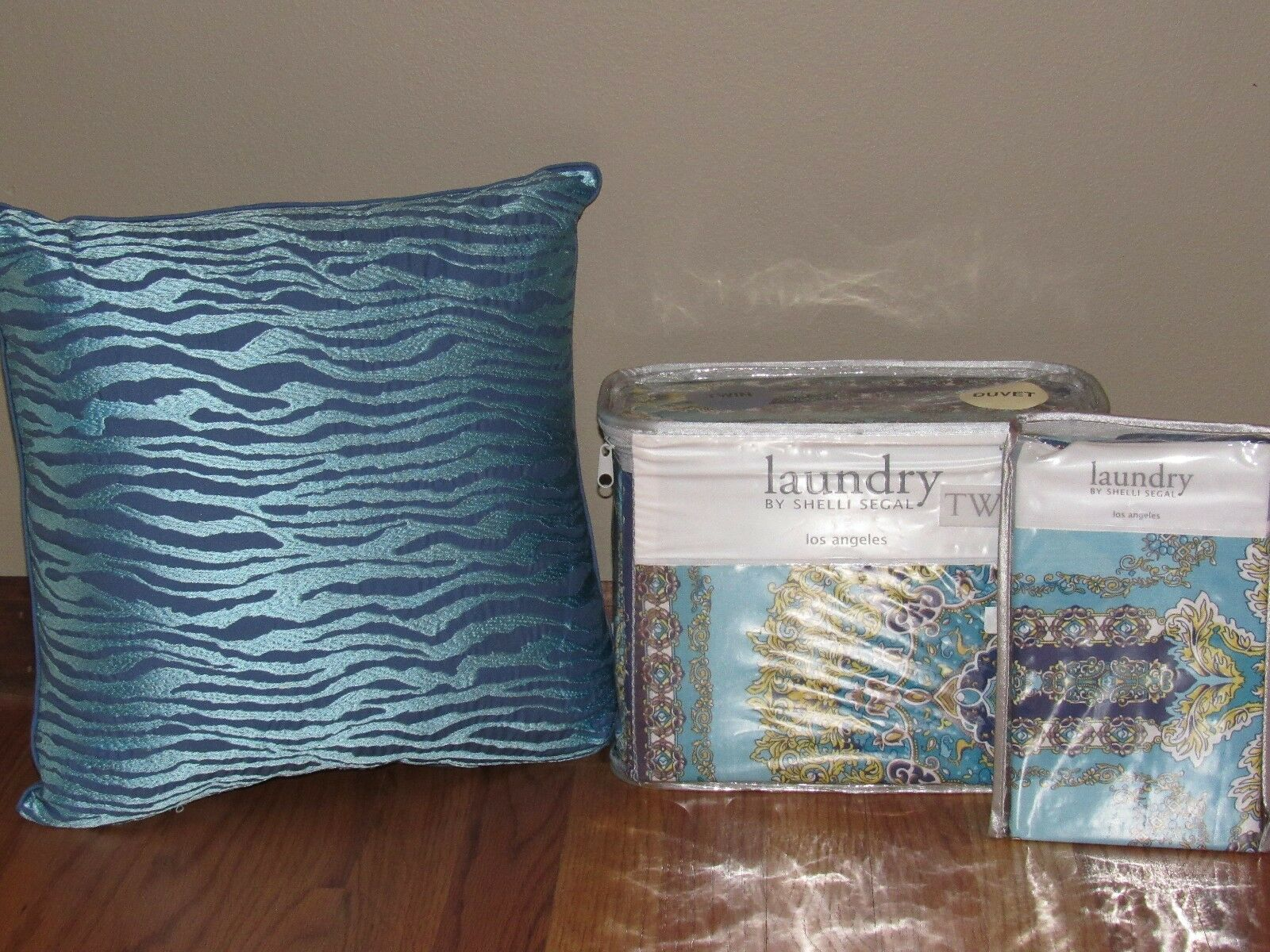 Laundry by SHELLI SEGAL Blau RIVIERA Twin Twin XL DUVET COVER, SHAM PILLOW Dorm