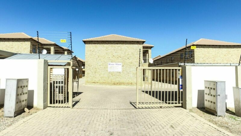 PROPERTY FOR SALE IN ERASMUS,BRONKHORSTSPRUIT-RIVERVIEW 38 JOUBERT STREET