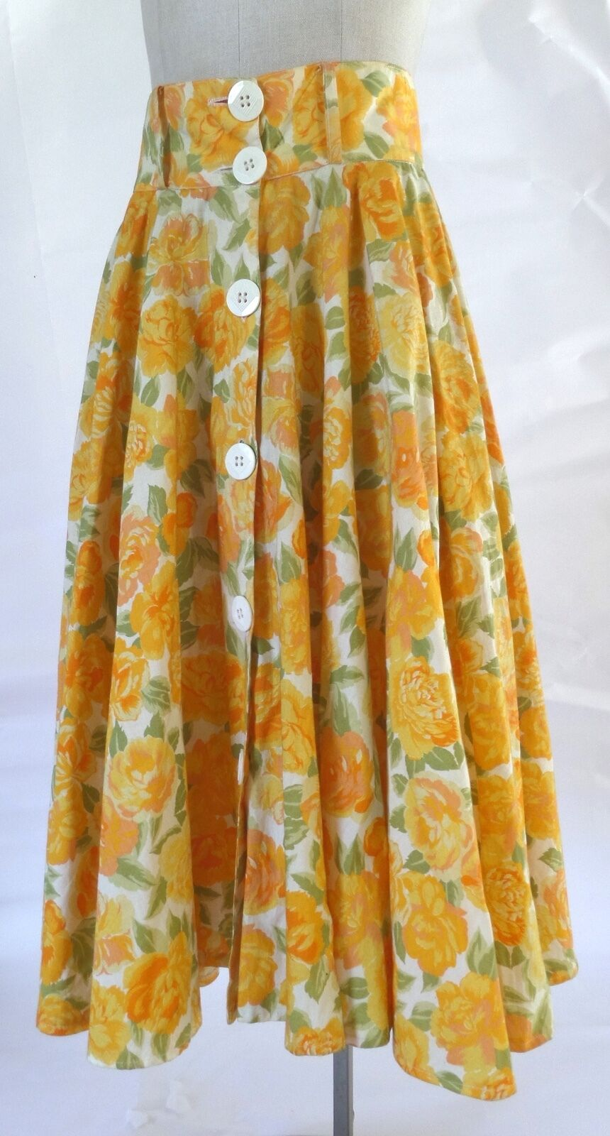 Summer Floral Print Full Skirt and Belt SZ 44   M Vintage 90s Made in