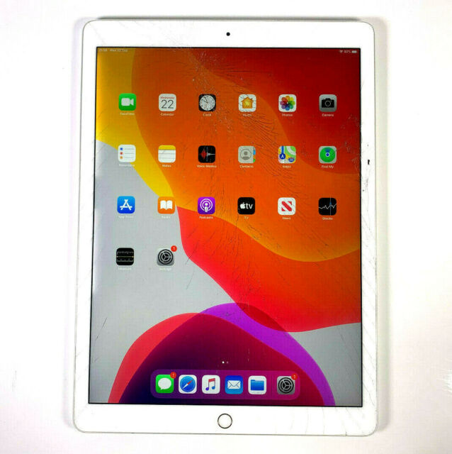 Apple iPad Pro 2nd Gen 256GB Wi-Fi 12.9 in Silver Smashed Screen Works Well 554