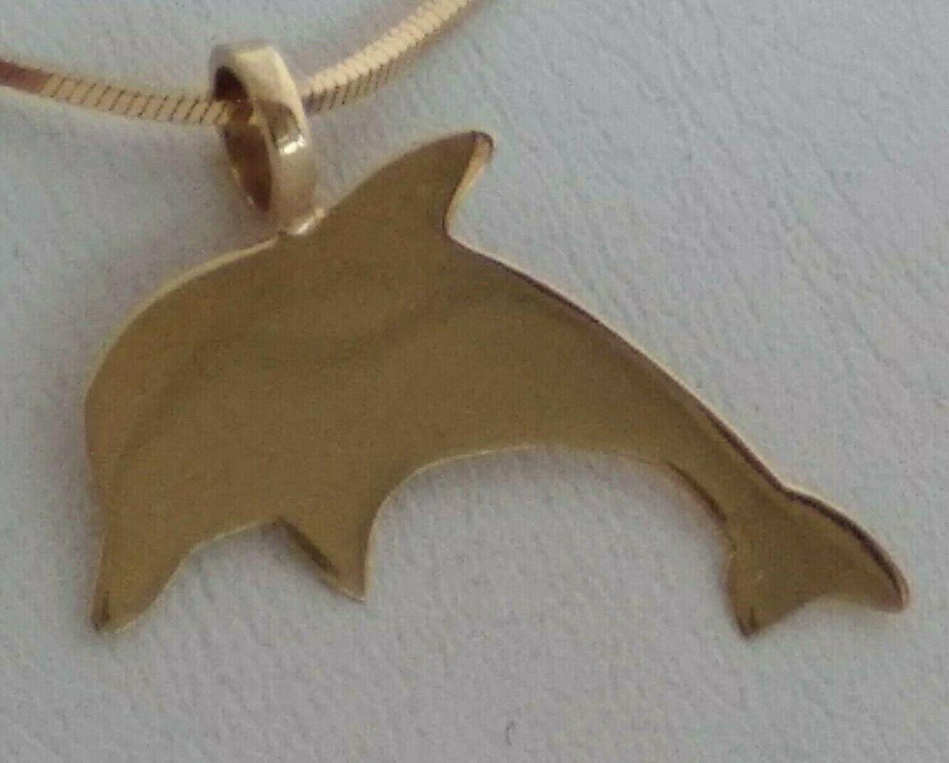 Medal gold 19,2kt dolphin shape classic without pearls