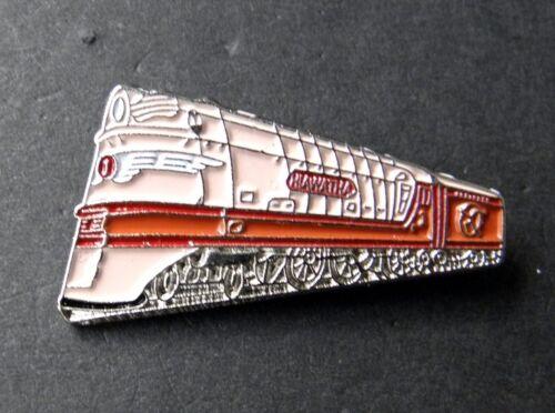 HIAWATHA PASSENGER LOCOMOTIVE RAILROAD TRAIN RAILWAY LAPEL PIN BADGE 1 INCH