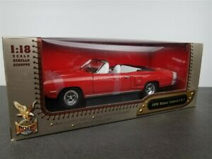 1970-DODGE-CORONET-R-T-1-18-DIE-CAST-W-REAL-LEATHER-SEAT-RED-BY-YATMING-92547