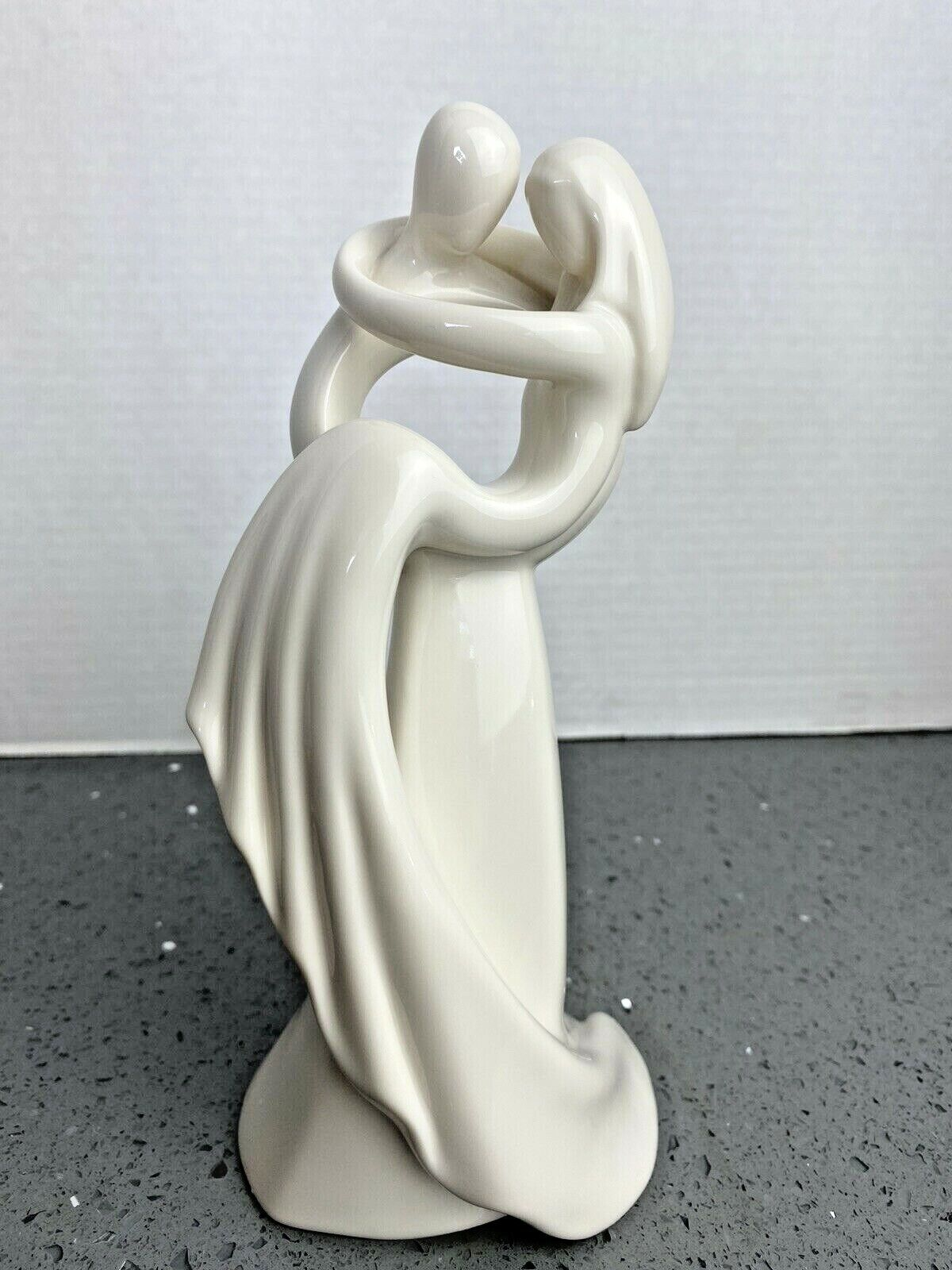 "Circle of Love Kim Lawrence /""So Wonderful/"" 113961 Figurine Cake Topper Wedding"